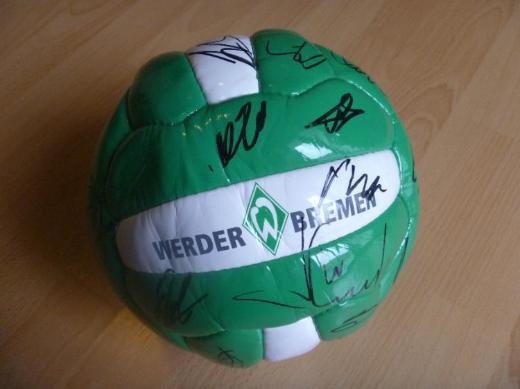 Werder Bremen Fussball mit Autogrammen - Bremen