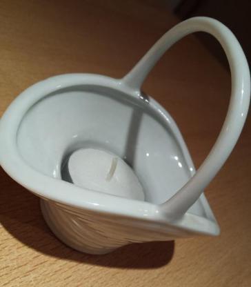 Zierliches Porzellan Körbchen als Teelichthalter oder Mini Blumenübertopf - Verden (Aller)