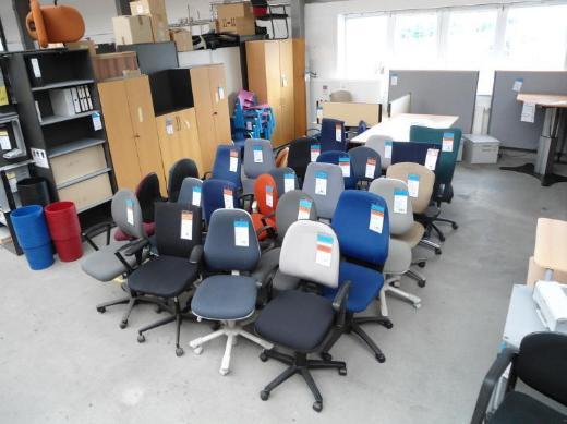 Gebrauchte Büromöbel in Bremen - Bremen