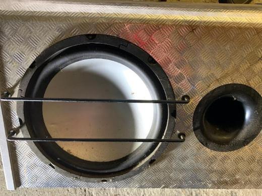 Bass Box/Subwoofer im Bassreflexgehäuse - Emstek