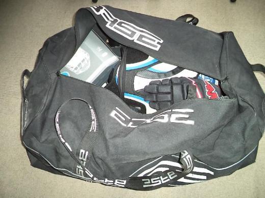 Verkaufe komplette Eishockey-Ausrüstung - Langen (bei Bremerhaven)