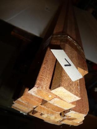 Massivholz-Deckleisten für Fenster/Türen aus MERANTI-Holz,lfdm.1,20€, - Ritterhude