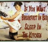 Spaßiges Blechschild Breakfast in Bed - Pin Up Girl - 25x33 cm - Scheeßel