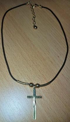 Gold Farbendes Kreuz mit Leder Kette - Verden (Aller)