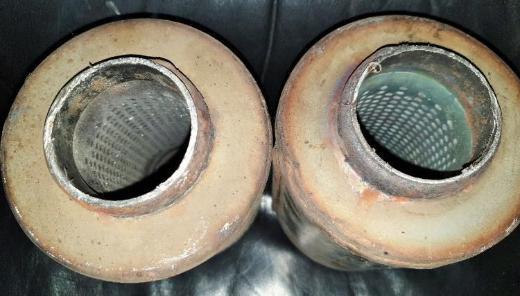 Mercedes Benz CLS 211 491 17 01 Katalysatoren E060 Gillet 08 M 06 - Verden (Aller)