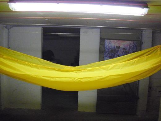 Leichte Gelbe Hängematte - Schwanewede