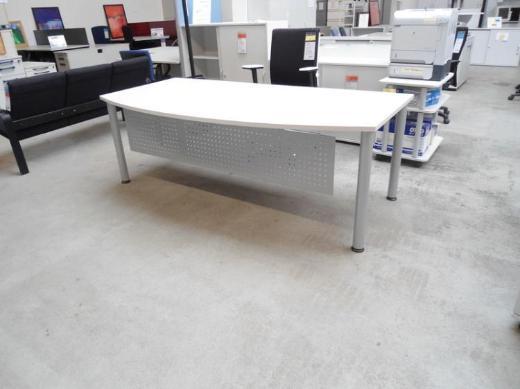 Chefschreibtisch XP lichtgrau mit Frontblende, Büromöbel - Bremen