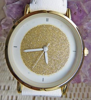 Wunderschöne Damen-Mode-Armbanduhr, weißes Kunstleder-Armband - Neu in OVP! - Diepholz