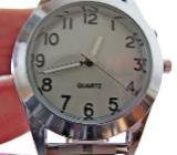 Gute Edelstahl-Armbanduhr für Frauen und Männer, mit Edelstahl- FLEXO-Gliederarmband und Hintergrundbeleuchtung, top ablesbar! - Diepholz