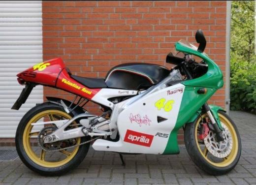 Motorrad Aprilia RS125 Typ SF Valentino Rossi Design - Achim