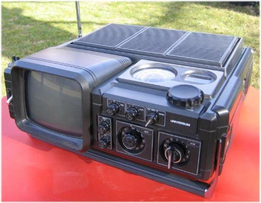 "TV-Radio-Kombination ""Universum"" - Bremen"