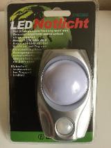 Isotronic PIR-LED Notlicht mit Bewegungs- und Dämmerungssensor