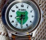 Gute und flache Edelstahl-Armbanduhr mit FLEXO-Armband und extra Ziffernblatt-Beleuchtung! - Diepholz