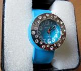 Elegante Damen-Spangen-Markenuhr in Uhr-Box, ungetragen - Neu - Diepholz