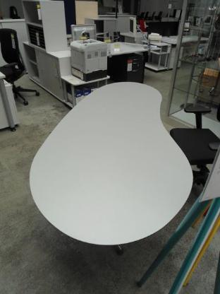 Nierenschreibtisch grau , Schreibtisch, Tisch, Büromöbel Bremen - Bremen