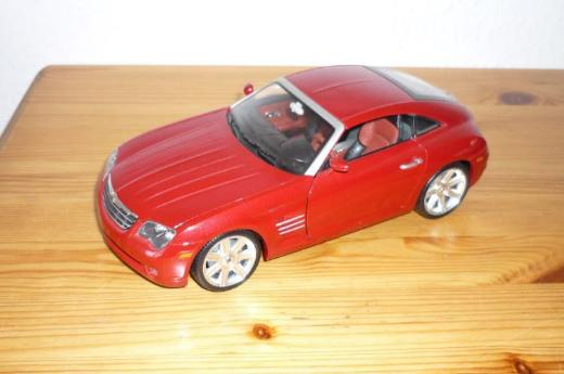 "Bburago ""Chrysler Crossfire 2003"" 1:18"