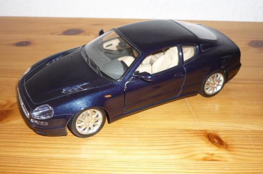 """Bburago """"Maserati 3200 GT 1998"""" 1:18"""