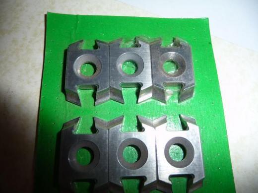 ZUANI-FWG-Jumbo-Hobel-Fügekopf,bestückt mit HM-Wendemessern,Z4,für mech. Vorschub,bis 9000,zweiteilig,BG-Form Nr.83222,gebraucht - Ritterhude