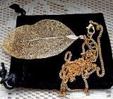 """Guter Tip: Neue, originelle Halskette """"Blatt-Gold"""", noch ungetragen in schwarzem Samtbeutel - Diepholz"""