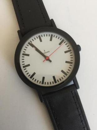 Design-Klassiker Armbanduhr Bahnhofsuhr - Bremen