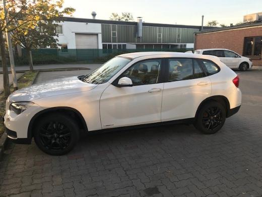 BMW X1 sDrive18i xLine zu verkaufen