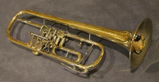 Deutsche B & S / VMI Konzert - Trompete inkl. Koffer