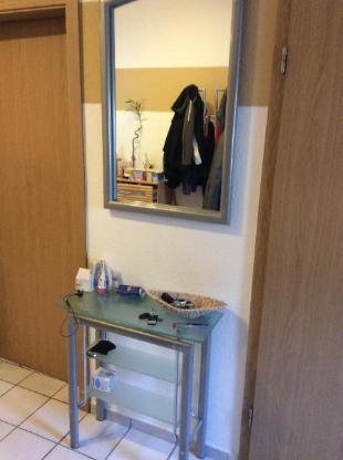 Kleines Schränkchen + Spiegel - Emstek