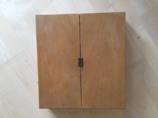 Hochwertiger Modellbau-/ Kinderwerkzeugschrank - Bremen