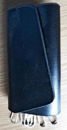 Echtleder-Schlüssel-Etui mit 6 Edelstahl-Befestigungs-Clips und Magnet-Verschluss - Unbenutzt! - Diepholz