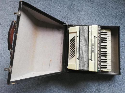 Akkordeon Hohner Imperial IV A alt - Lilienthal