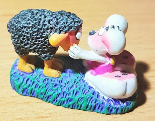 """Diddl Sammelfigur Nr.67 """" Maus mit Schaf """" 2,5 cm hoch - Verden (Aller)"""