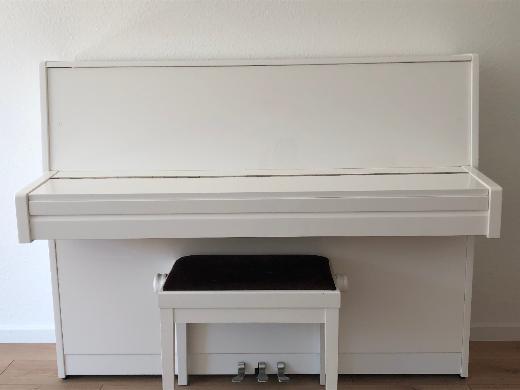 Klavier inkl. Klavierbank von HELMICH - Delmenhorst