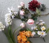 Blumensträuße und Blumen, künstlich - Bremen