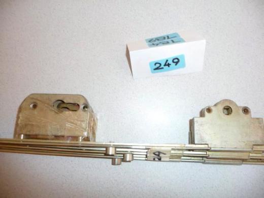 MACO-DK-Getriebe,40,45+50mm Dorn,PZ,Gr.7,2100-2350,mit Schwinge+2 Schließn.,22237,gelb chrom.,neu - Ritterhude