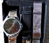 Edelstahl-Marken-Armbanduhr mit 3 Armbändern, noch ungetragen (neu) in Box! - Diepholz