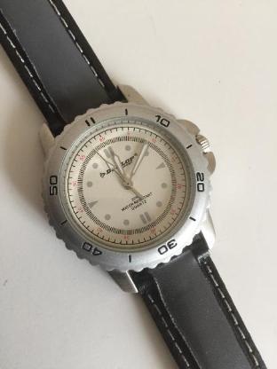 Dunlop Armbanduhr Boy London Limited Edition -Sammlerstück- - Bremen