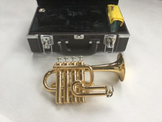 Piccolo Hoch B Yamaha YTR-6810 Trompete