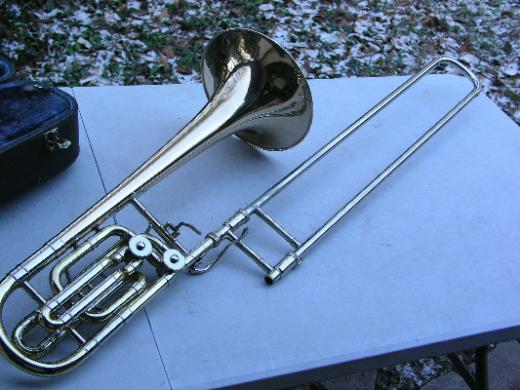 Vincent Bach Stradivarius 50BG Bass Posaune mit 2 Ventilen