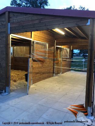 Außenboxen für Pferde, Pferdeställe, Pferdeboxen, Weidehütte, Offenstall, Unterstand