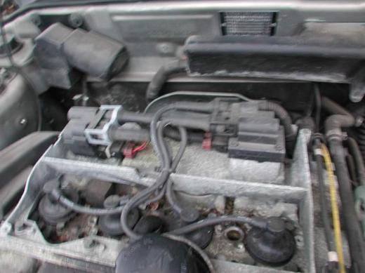 Volvo S40 / V40 Schlachtfest silber Zuendspule
