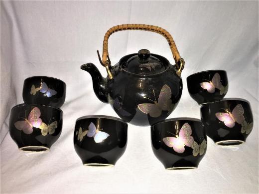 Asiatisches Teeservice mit 6 Tassen