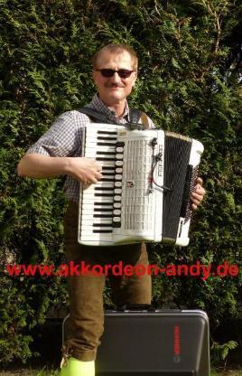Akkordeonspieler: Ihr Spezialist für Oktoberfeste