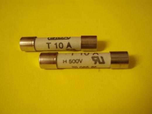 SIBA, Geräte-Sicherung, Überspannungsschutz, 10A, 500V, 63 x 32 mm