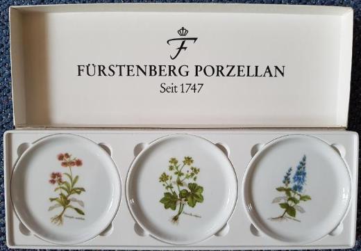 Sammelteller von FÜRSTENBERG mit Pflanzendarstellungen