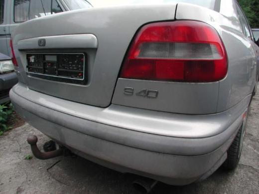 Volvo S40 Schlachtfest Benzin silber Achsträger