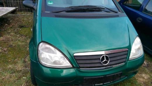Mercedes A Klasse Stoßstange grünmetallic