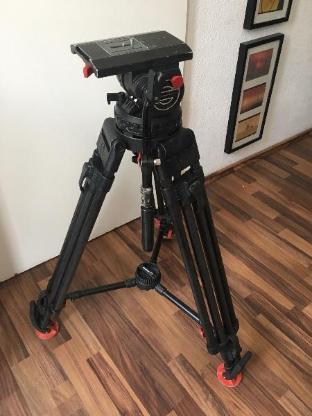 Sachtler Video 25 Schwenkkopf mit Carbon Kamera-Stativ