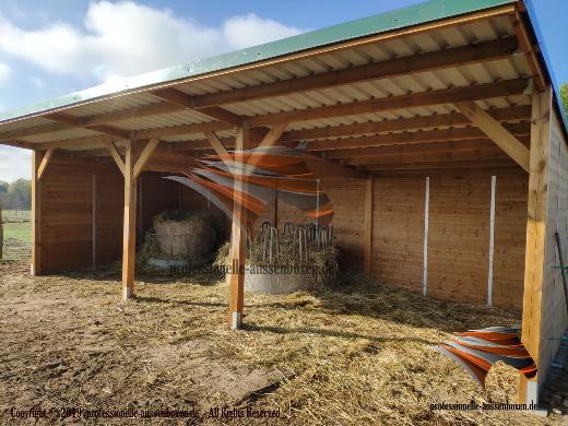 Weideunterstand, Pferdeunterstand, Weidehütte, Offenstall, Unterstand, Aussenboxen, Pferdeboxen