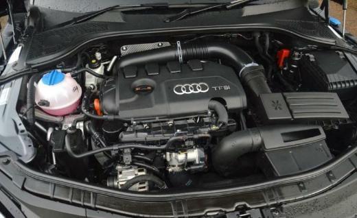 Audi A4 (8EC,B7) 2,0 TFSI Motor Benzin 200 PS 1 Jahr Garantie