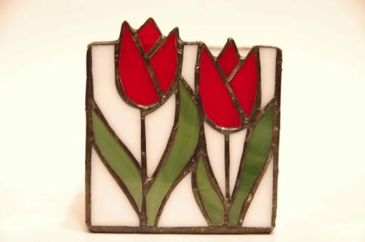 Windlicht mit Bleiverglasung, weiß, farbiges Tulpenmotiv